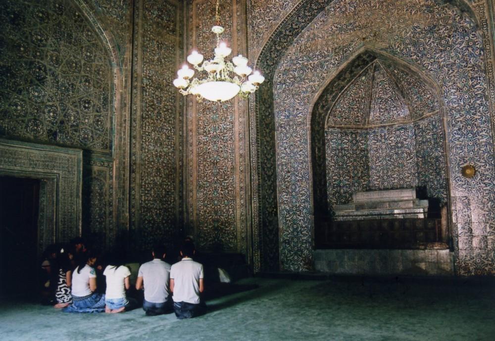 パフラヴァン・マフムド廟で行われていた祈り【ウズベキスタン(ヒヴァ)】