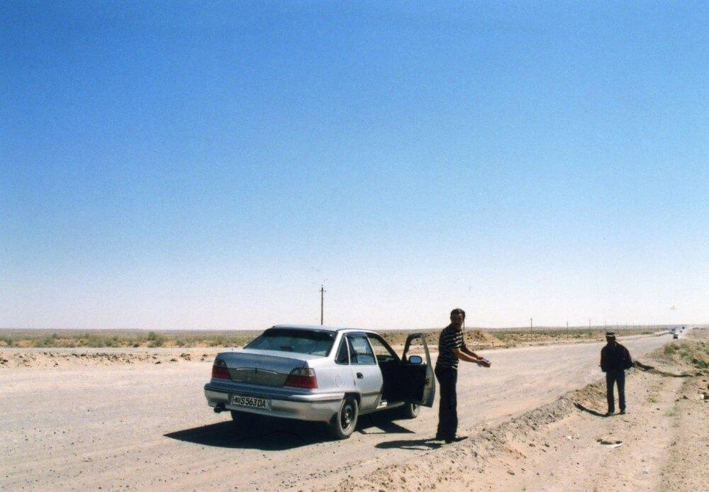 ヒヴァからブハラへの移動(タクシーで所要9時間)【ウズベキスタン】