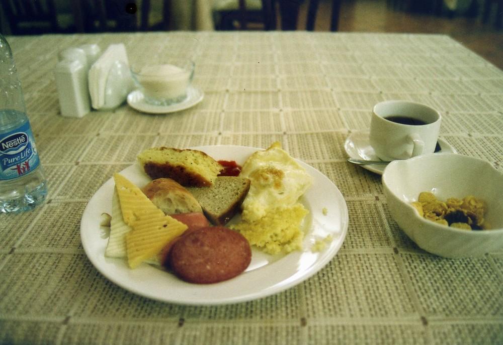 ホテル、グランドオルズの朝食【ウズベキスタン(タシケント)】