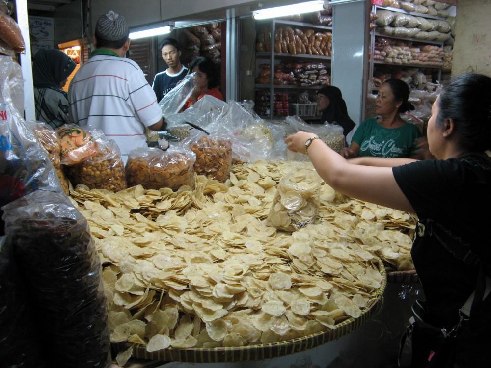 ブリンハルジョ市場(ジョグジャカルタ、マリオボロ通り)
