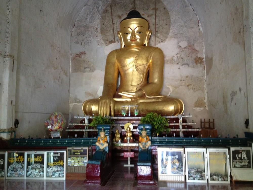 ゴドーパリィン寺院の仏像 【バガン遺跡】【ミャンマー(バガン)】