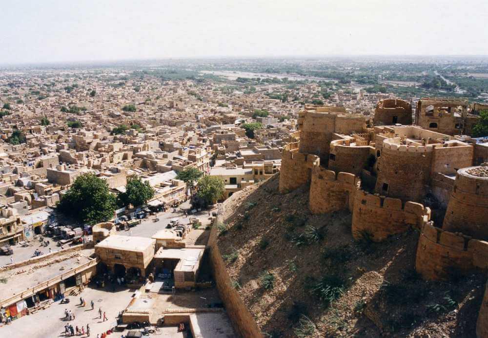 砂漠の中の黄金色の町、ジャイサルメール(ゴールデンシティー)【インド・ラジャスタン】