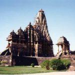 中世インドの愛のかたち!エロティックなミトゥナ像のある「カジュラホ」の寺院群【インド】
