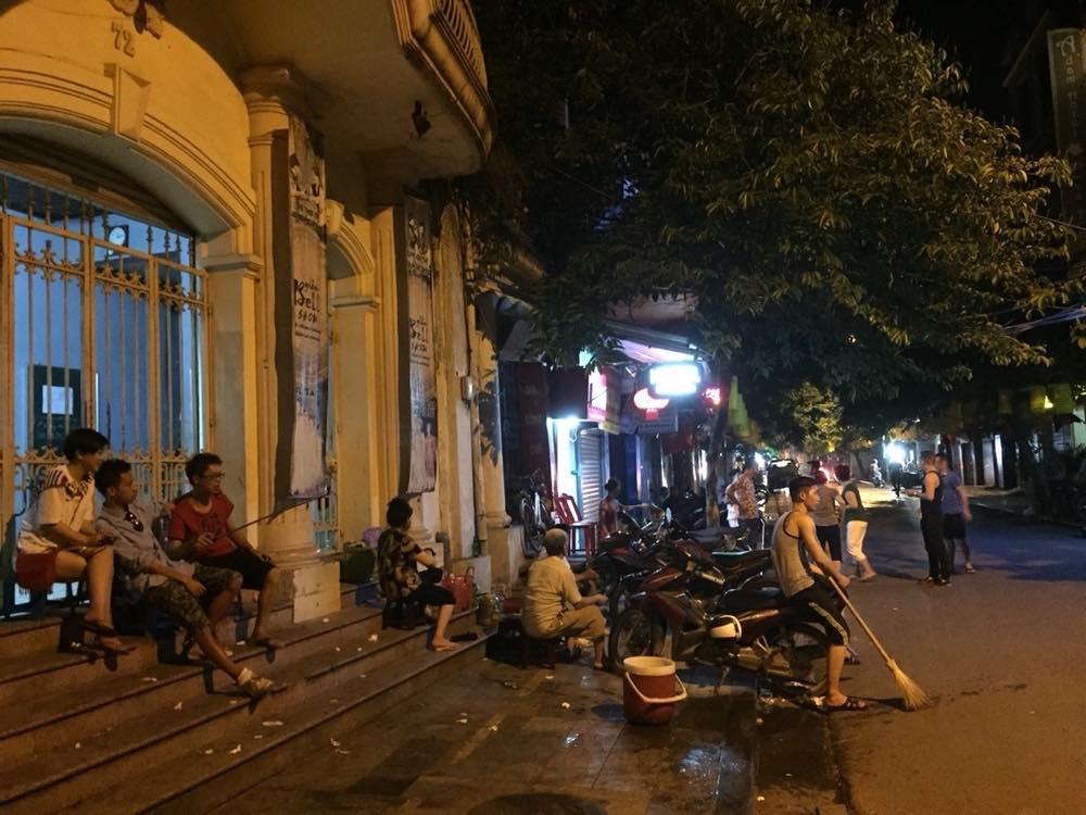ベトナム1 夜のハノイ旧市街