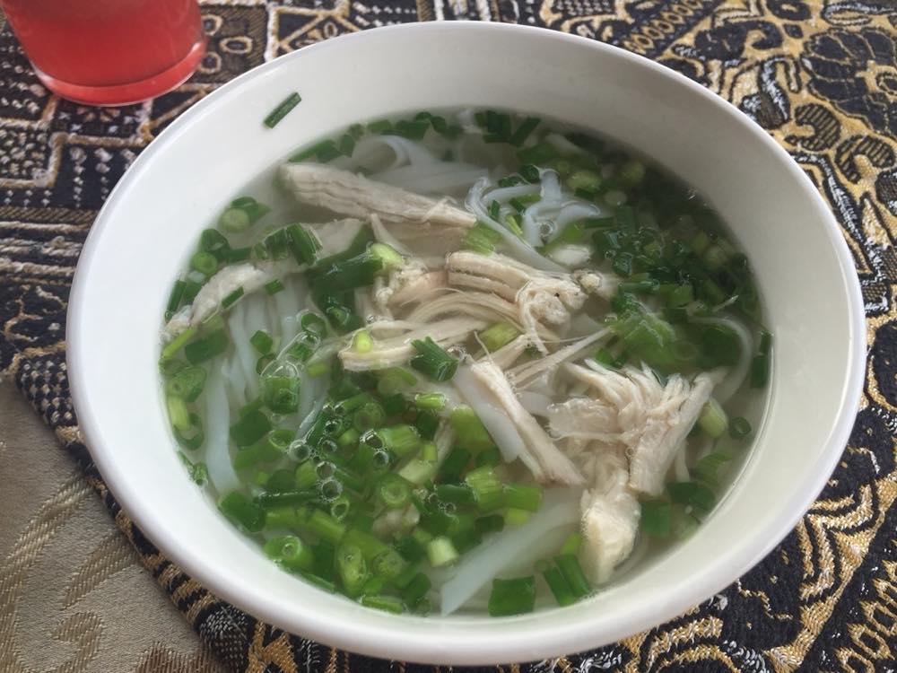 ベトナム3 サパ ホリディサパホテルの朝食フォー