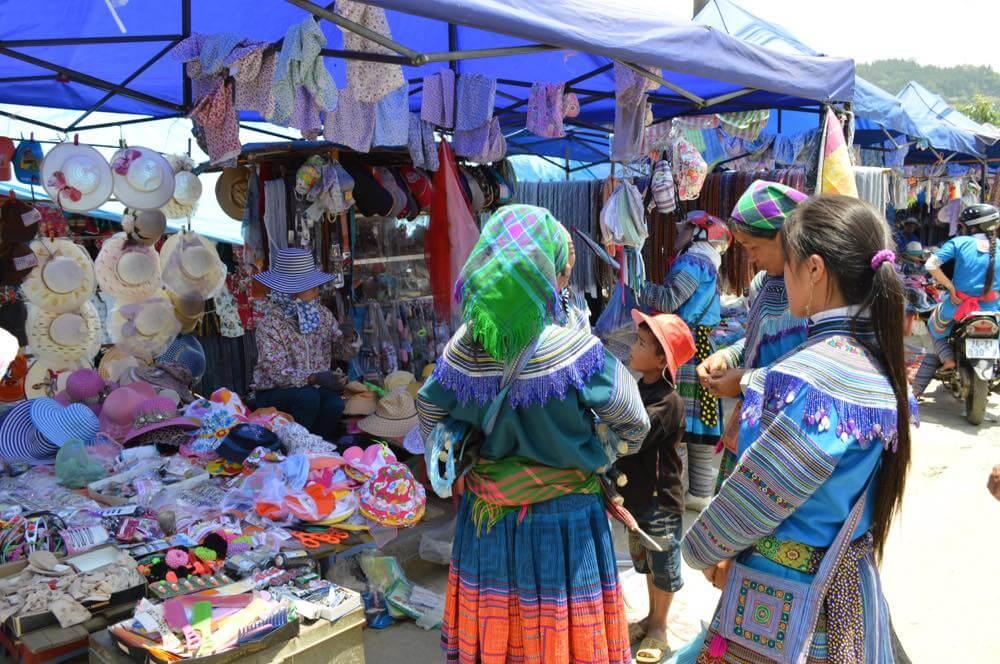 ベトナム3 バックハー サンデーマーケットツアー