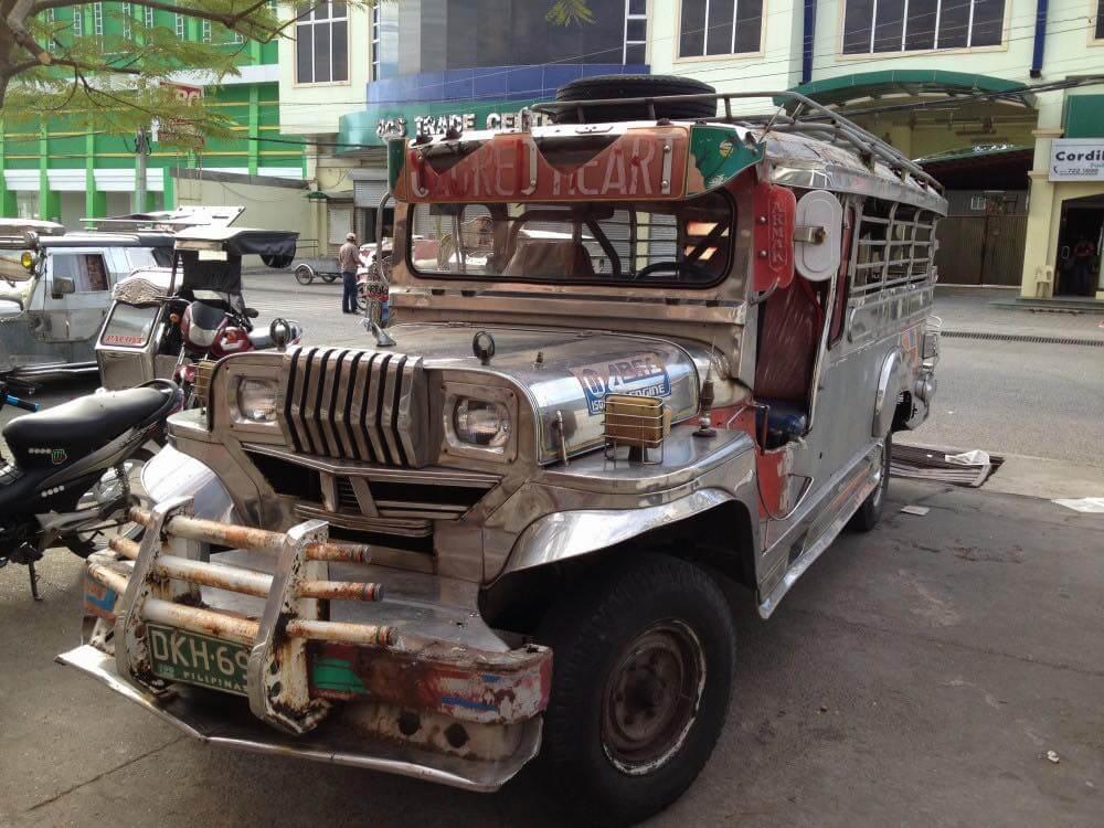 フィリピン、ビガン。フィリピン、ビガンのジプニー