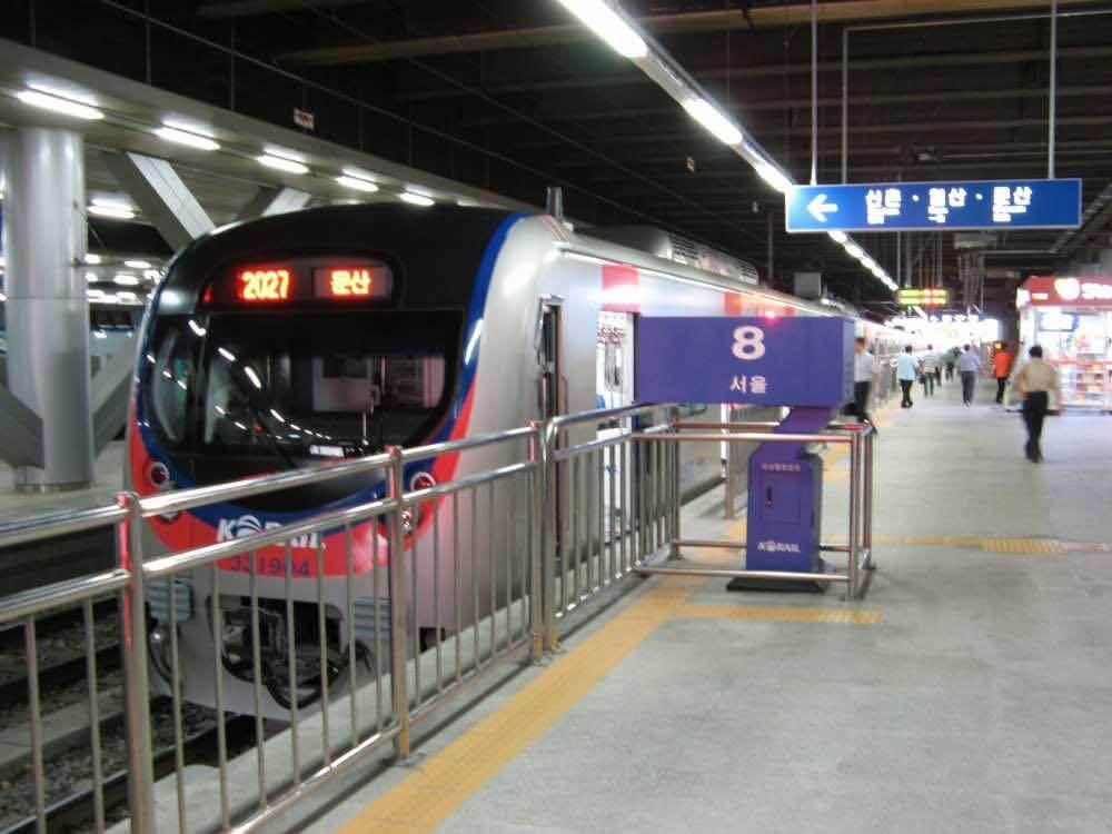 京義線:国鉄ソウル駅【韓国、ソウル】