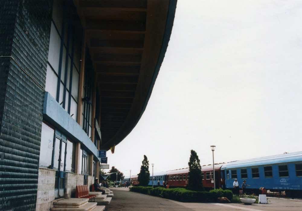 バイア・マーレの駅 【ルーマニア】