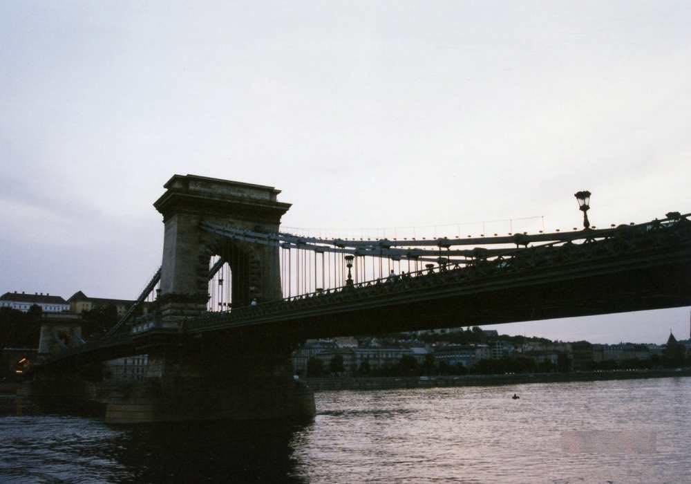 ブダペストのくさり橋【ハンガリー】