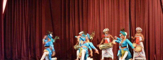 エスニック舞踊