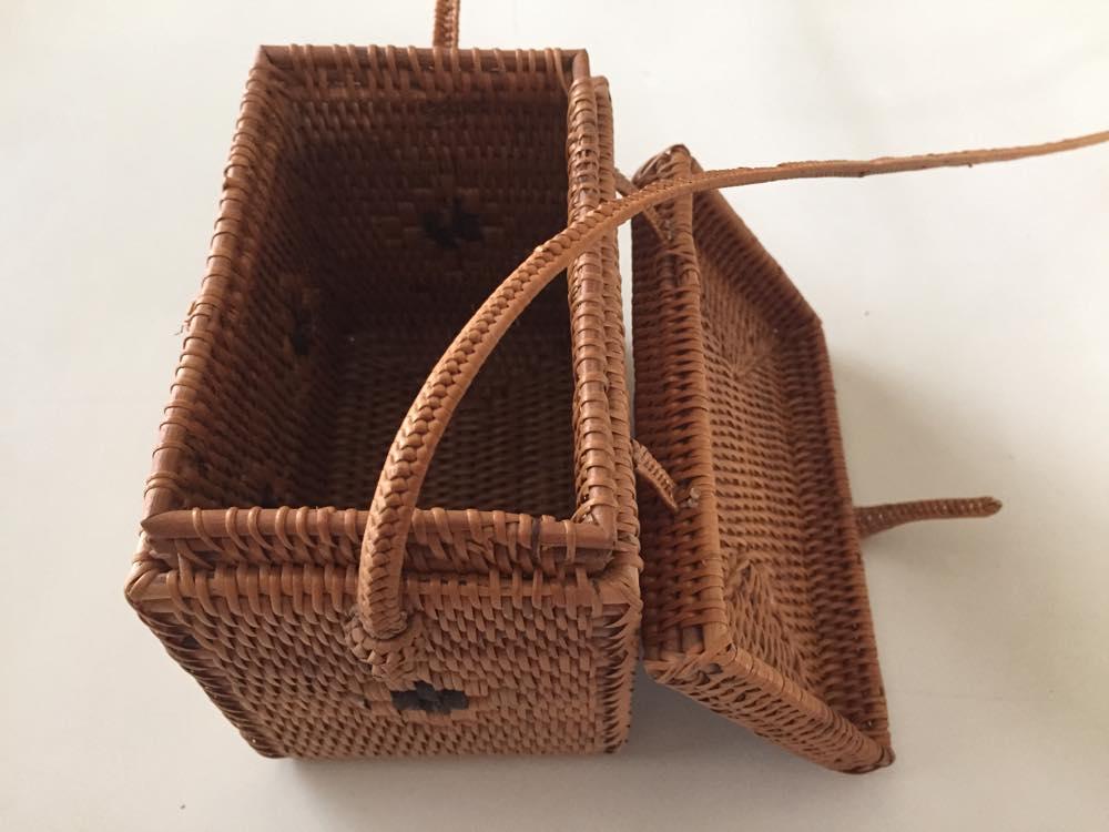 バリ島、アタの籠バッグ【お土産】