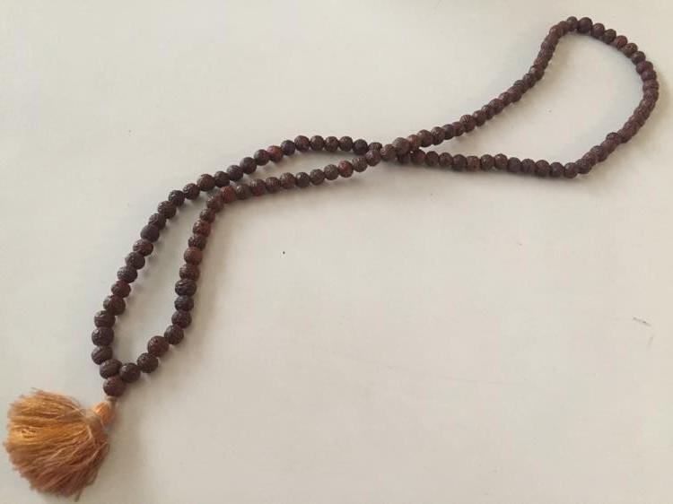 インド、ブッダガヤの菩提樹の数珠【お土産】
