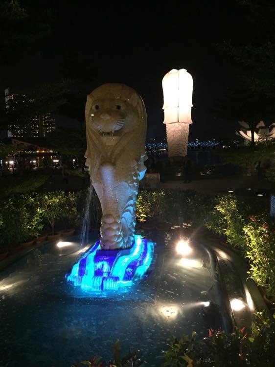マーライオンとマリーナベイ【シンガポール】