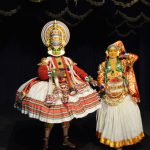 南インド・ケララ州の古典舞踊劇「カタカリ」と古武術「カラリパヤットゥ」を鑑賞!