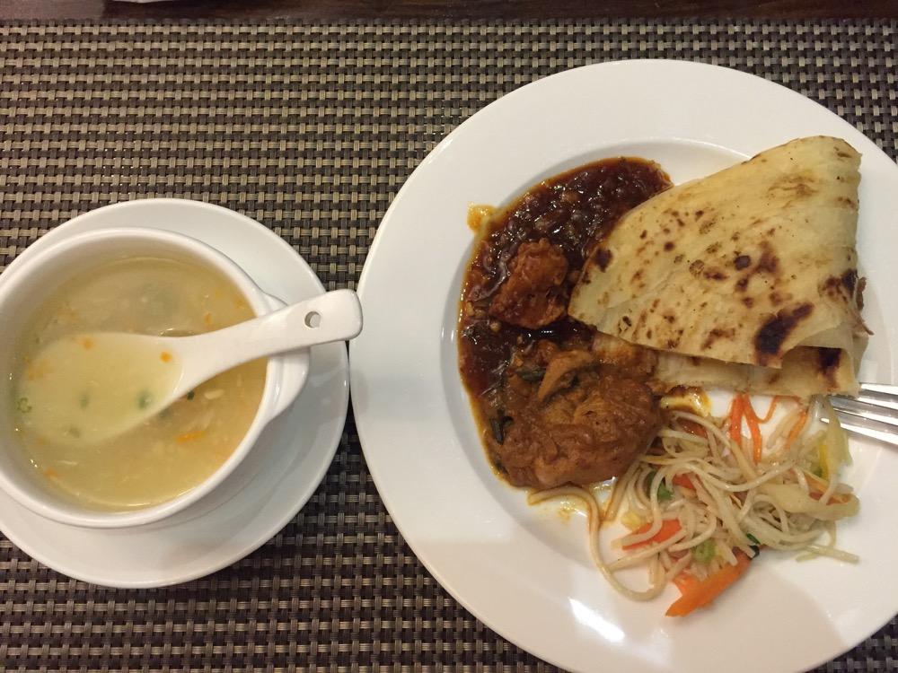 No. 18 Hotelのディナー(南インド・ケララ州3)