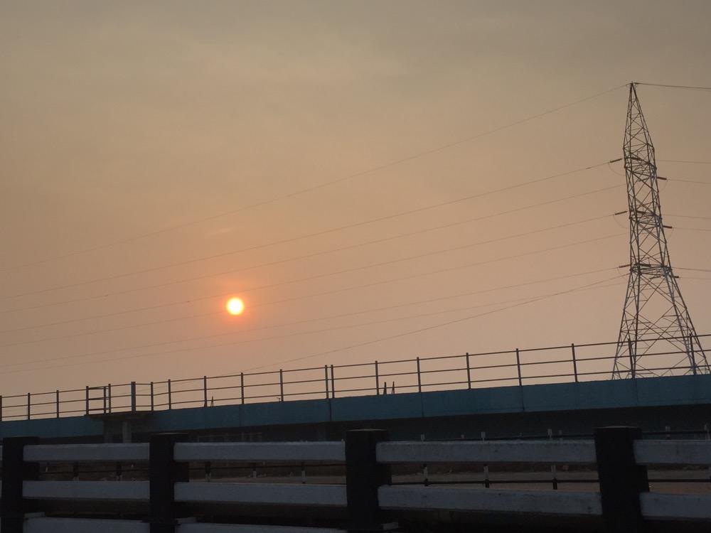 車で駅へ(南インド・ケララ州6)