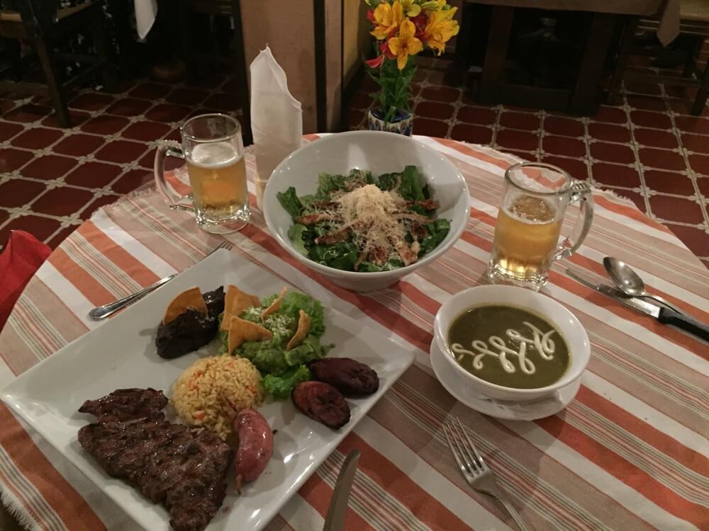 Restaurante Las Antorchas【グアテマラ①:成田~アンティグア】