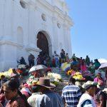 チチカステナンゴ日曜市とカラフル墓地(アンティグア→チチ→パナハッチェル)【グアテマラ②】
