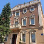 ロケーションGOOD!オーナーさんもお部屋も屋上も素敵☆「シャングリ ラ マンション」@ボスニア・ヘルツェゴビナ、モスタル