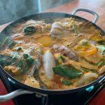 『Forget Me Not』★海鮮たっぷりのどんぶりと、ママー麺が入ったトムヤム鍋が絶品!@バンコク
