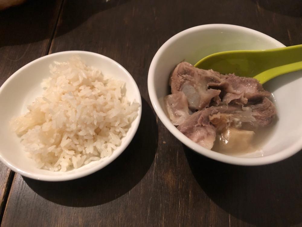 小川町、松記鶏飯